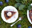 Švestkovooříškový koláč