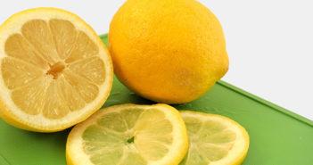Je kyselina askorbová a přírodní vitamín C to samé?