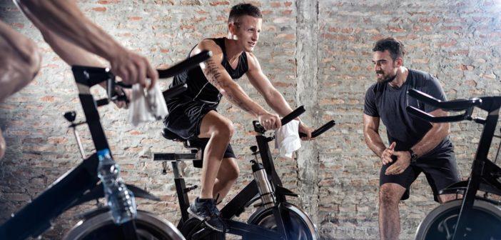 30-minutové cyklistické cvičení, které opravdu funguje!